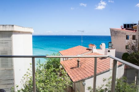 Schöne Wohnung mit Meerblick in Cala Mayor