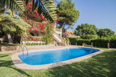 Lovely villa in Portals Nous