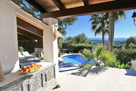 Fantastische Villa mit Meerblick in Bendinat