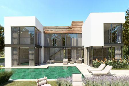 Fantastic villa with sea views in prime location