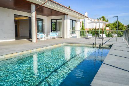 Newly built modern villa in Son Vida